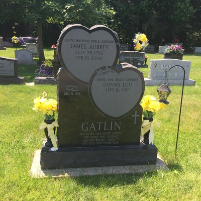 Stacked Heart Memorial Headstone